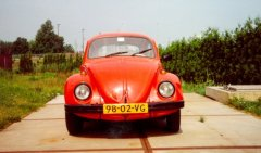 VW Beetle 1972 (front view)