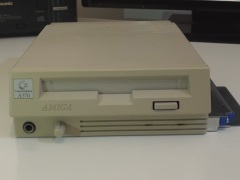 Commodore Amiga 500 CD-ROM (A570)